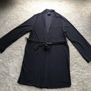 Apt 9 black robe size M